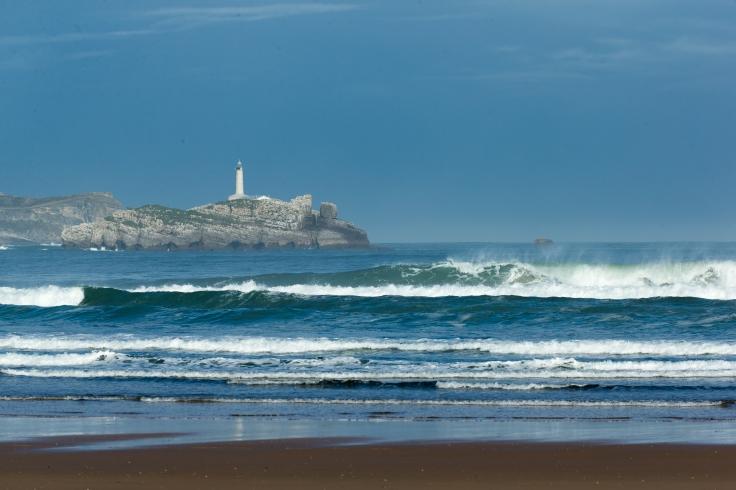 Isla de Mouro vista desde la playa de Somo.