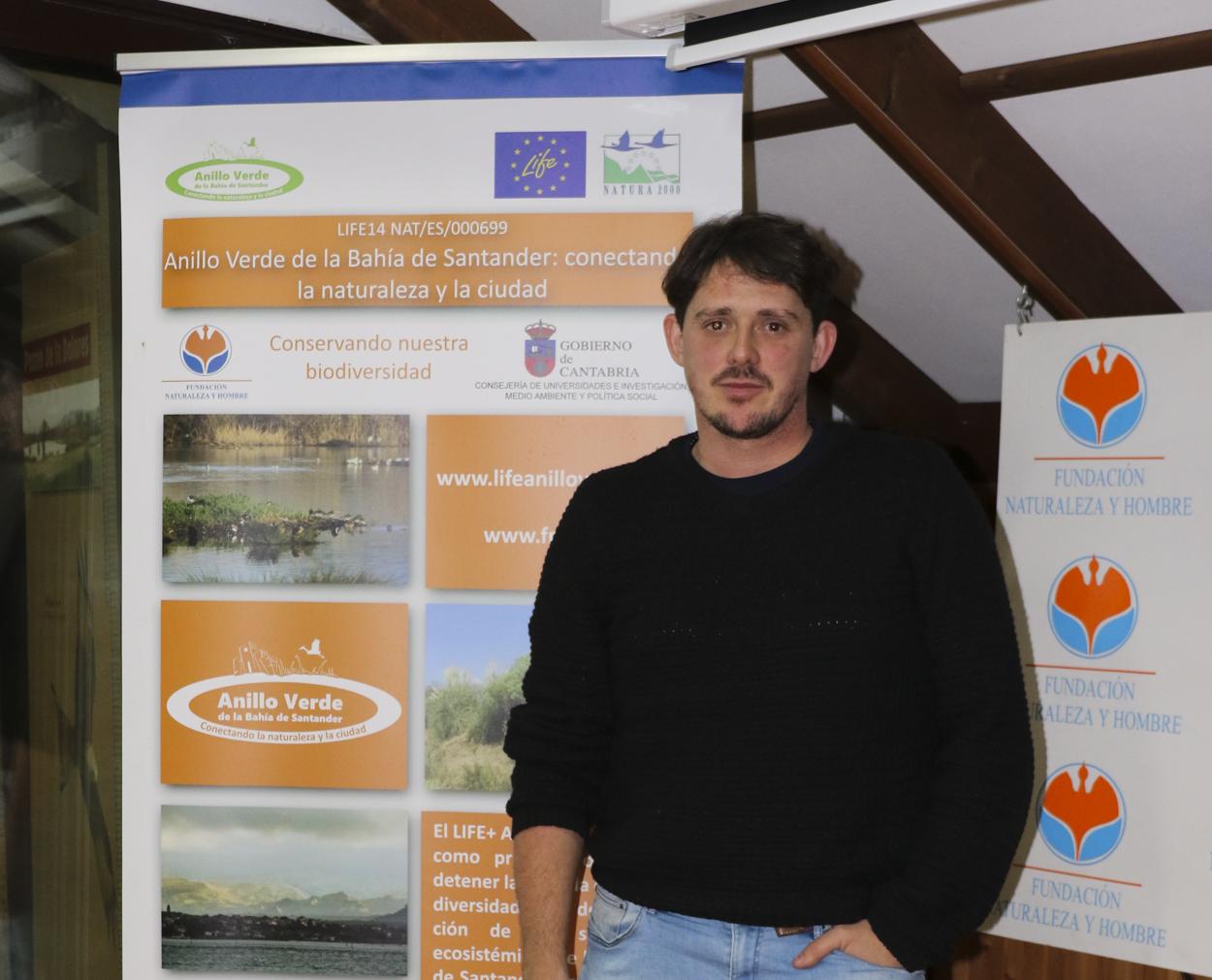 Diego Glez. Roiz de Eco-Tierra Mojada durante Charla de Agricultura Ecológica en Casa Naturaleza Humedales del Anillo Verde de la Bahía de Santander